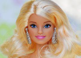 Промяната на кукла Барби през годините